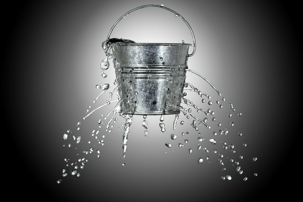 Cash flow forecast - leaking bucket